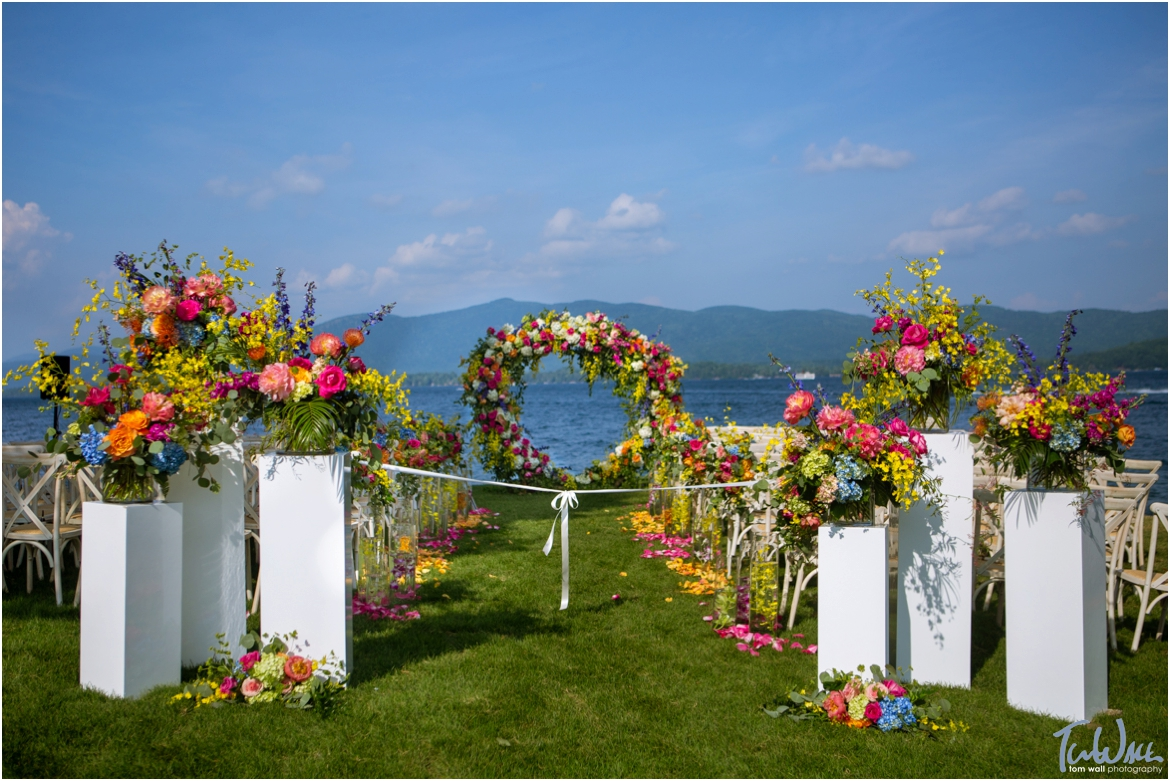 Surroundings Floral Design